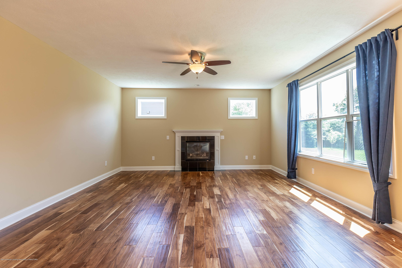 16580 Sanctuary Cir - Living room - 5