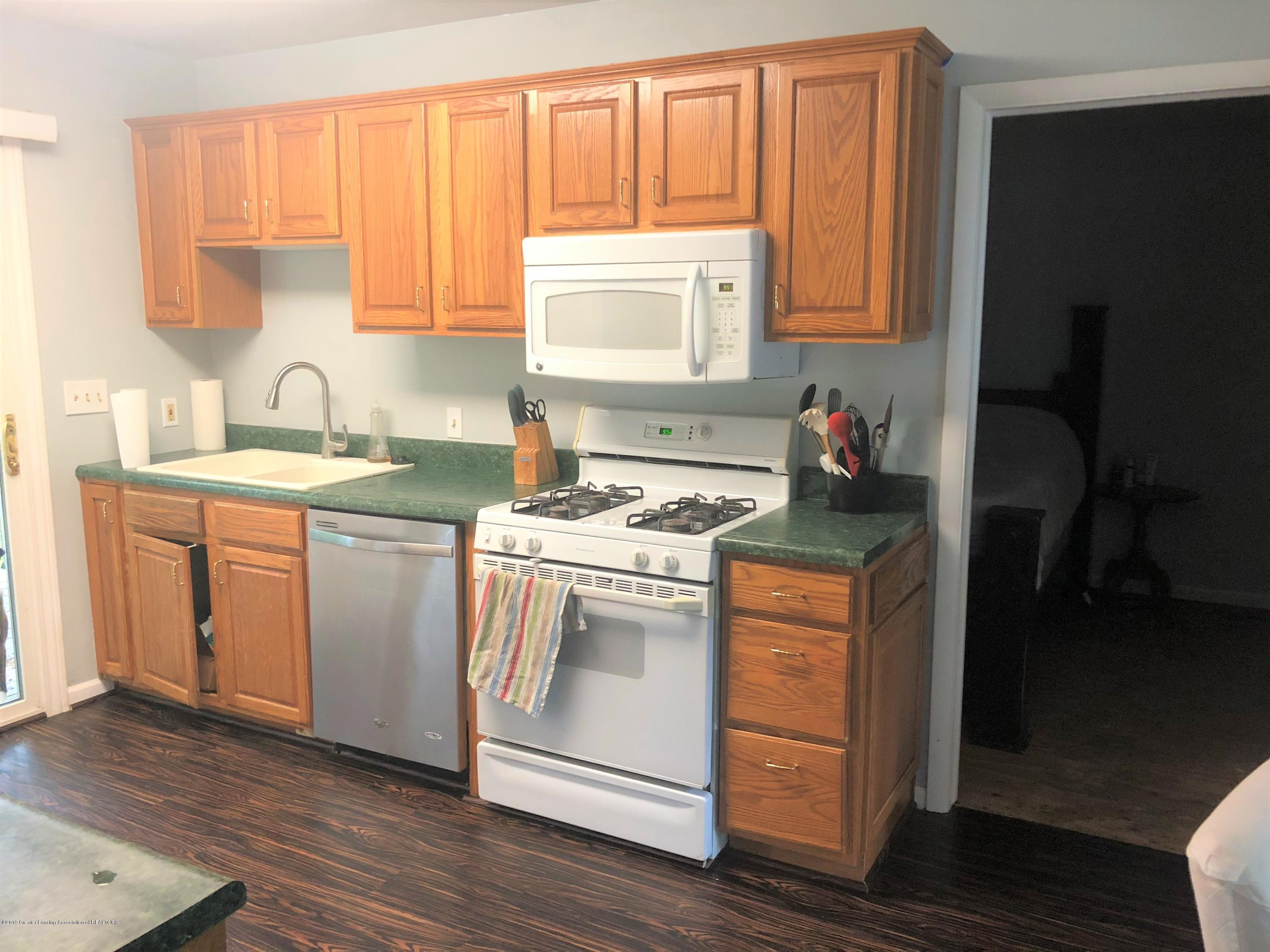 6283 Marsh Rd - Kitchen - 3