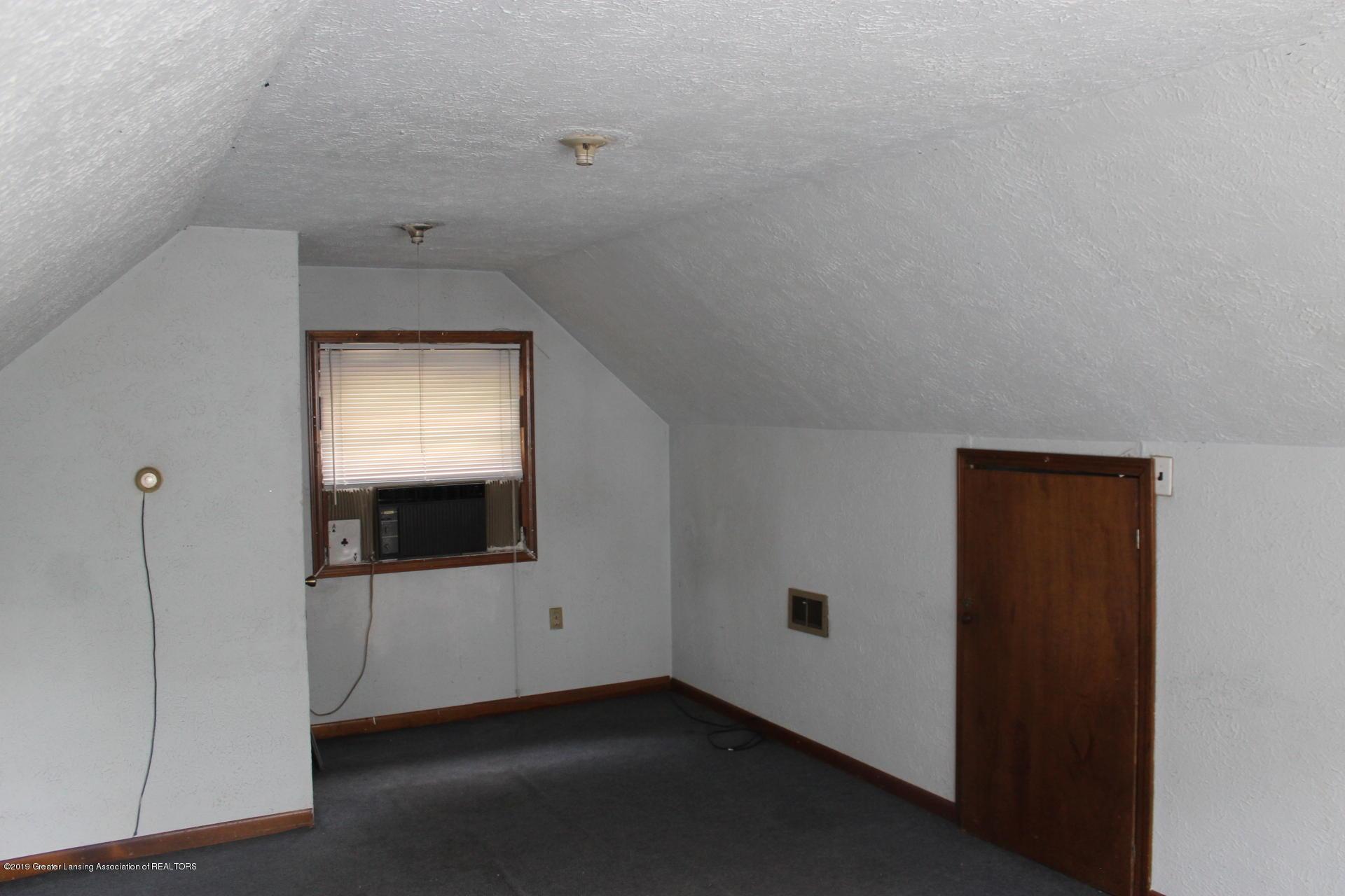 1310 Knollwood Ave - IMG_9947 - 24
