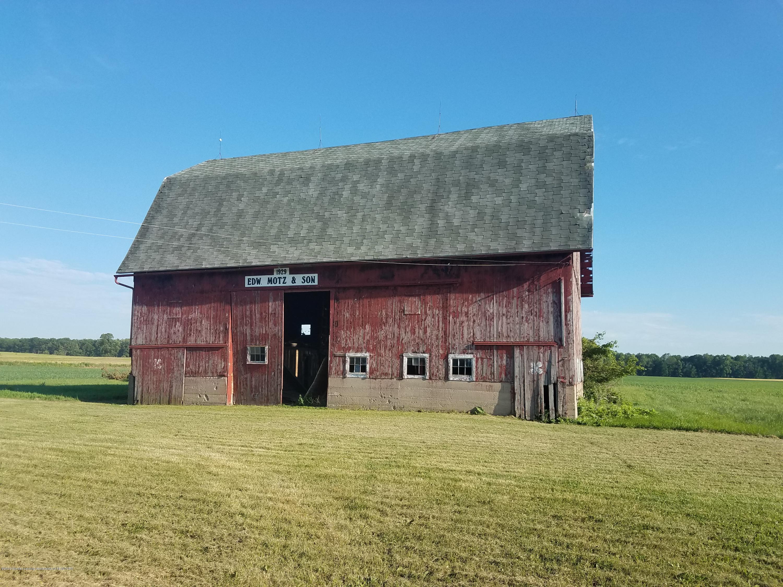 6775 W Walker Rd - Barn - 10