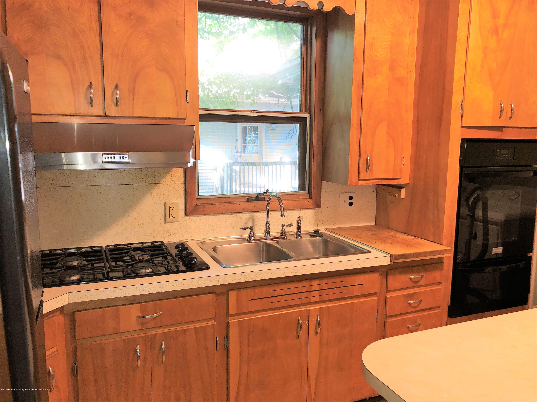 319 W Lovett St - Kitchen 2 - 10