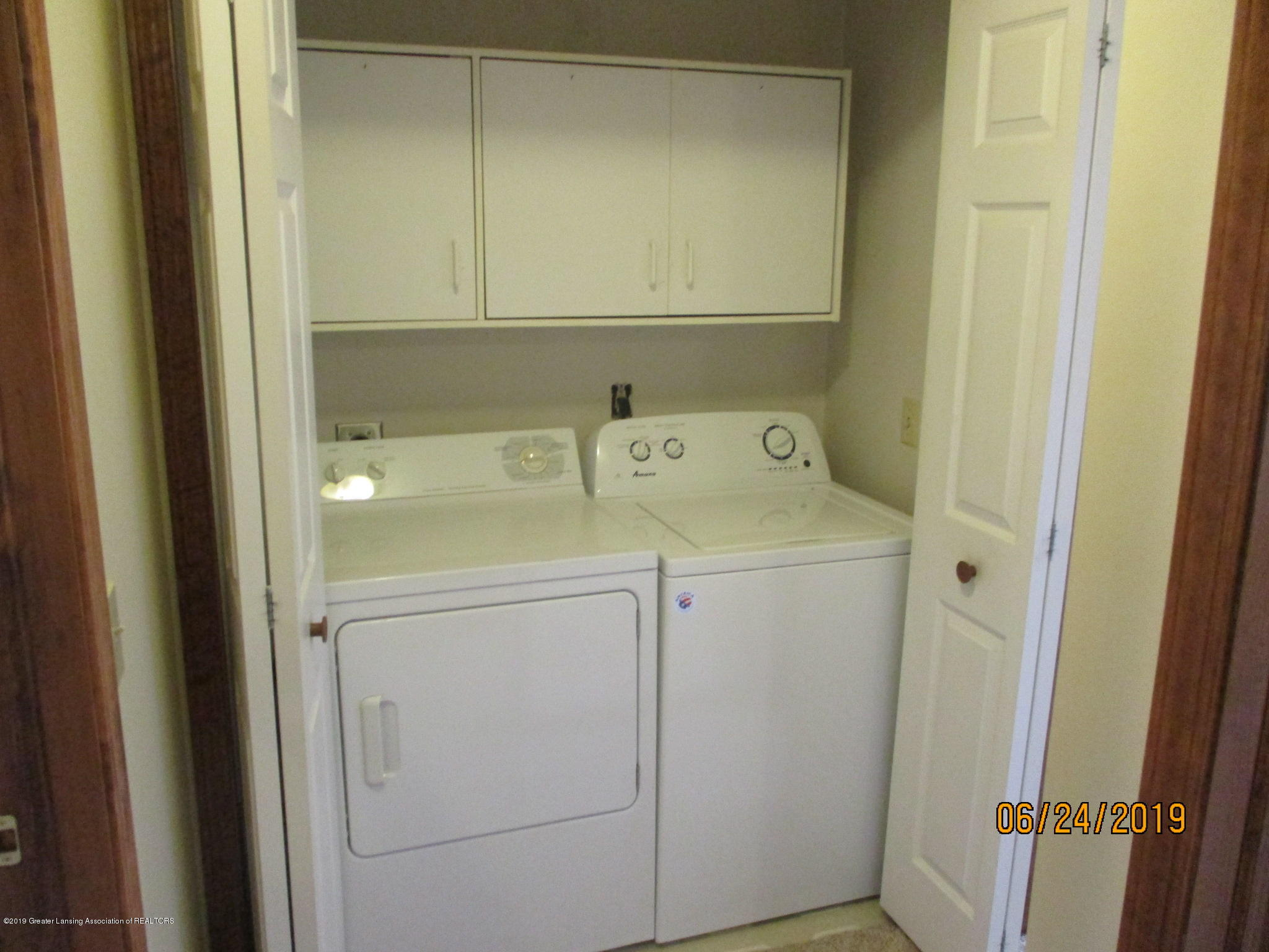 2580 S Hollister Rd - Laundry Room - 15