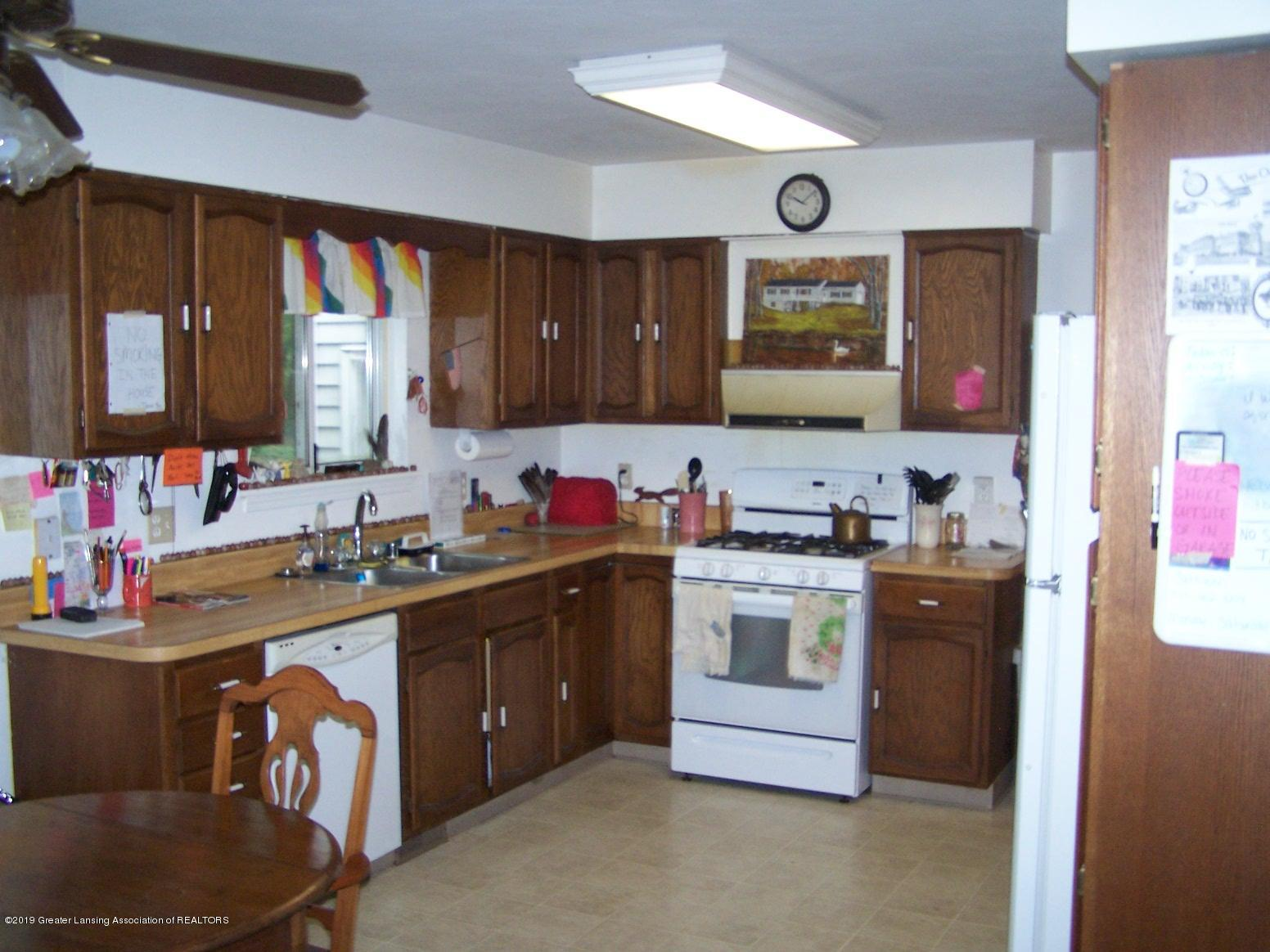 10007 Vfw Rd - Kitchen Dinning Room Combo - 10