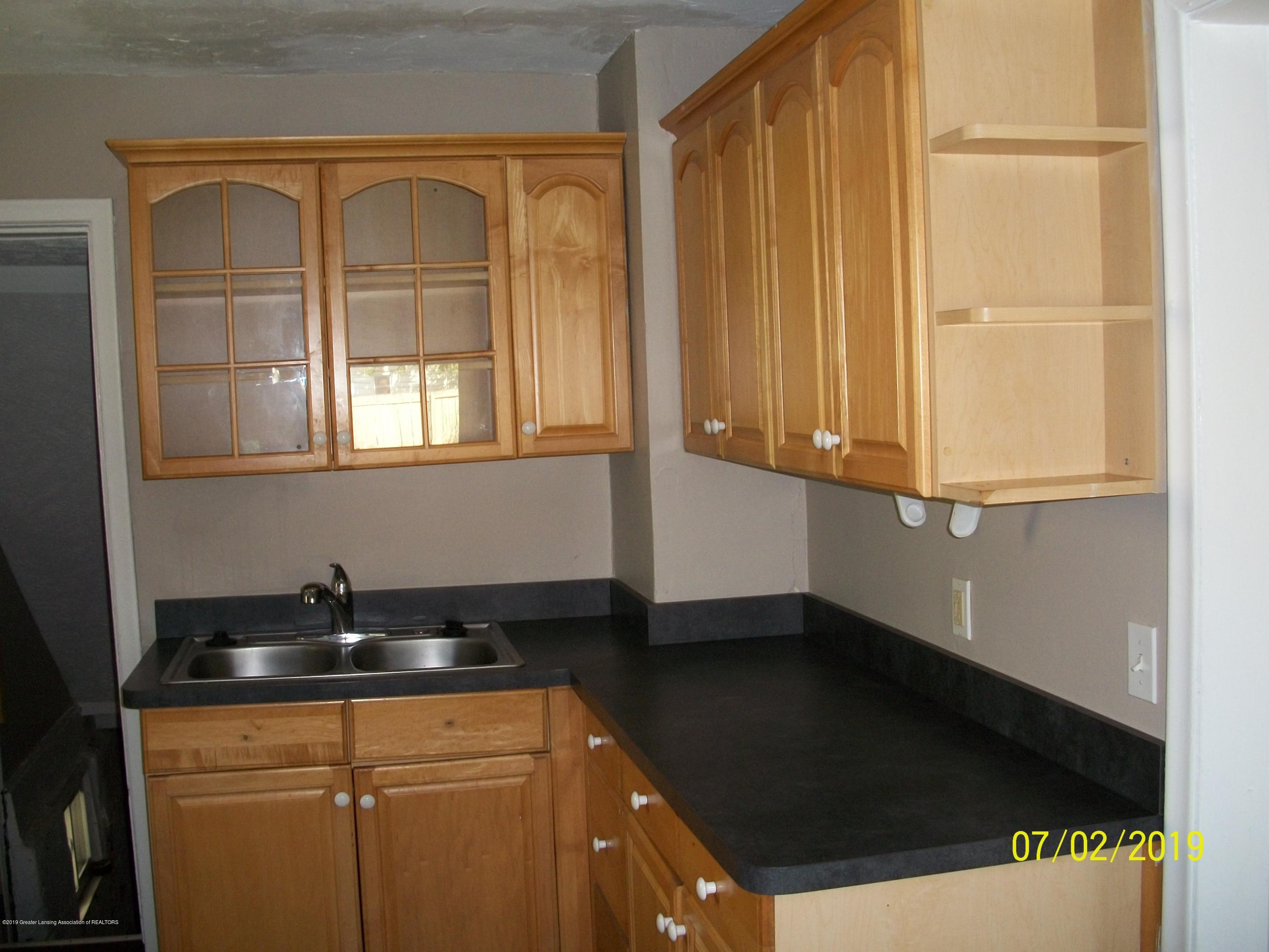 1704 Alpha St - Kitchen - 9