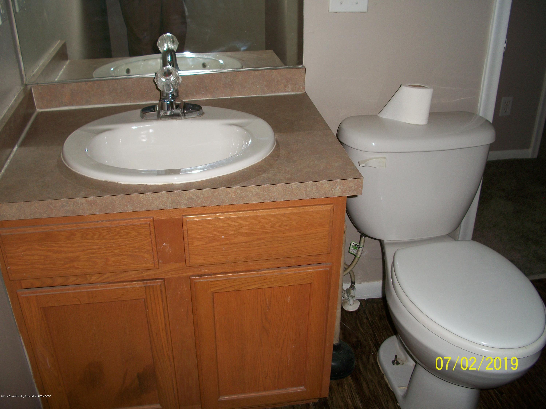 1704 Alpha St - Bathroom - 16