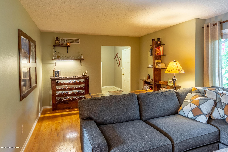 1175 Haslett Rd - Living Room - 11