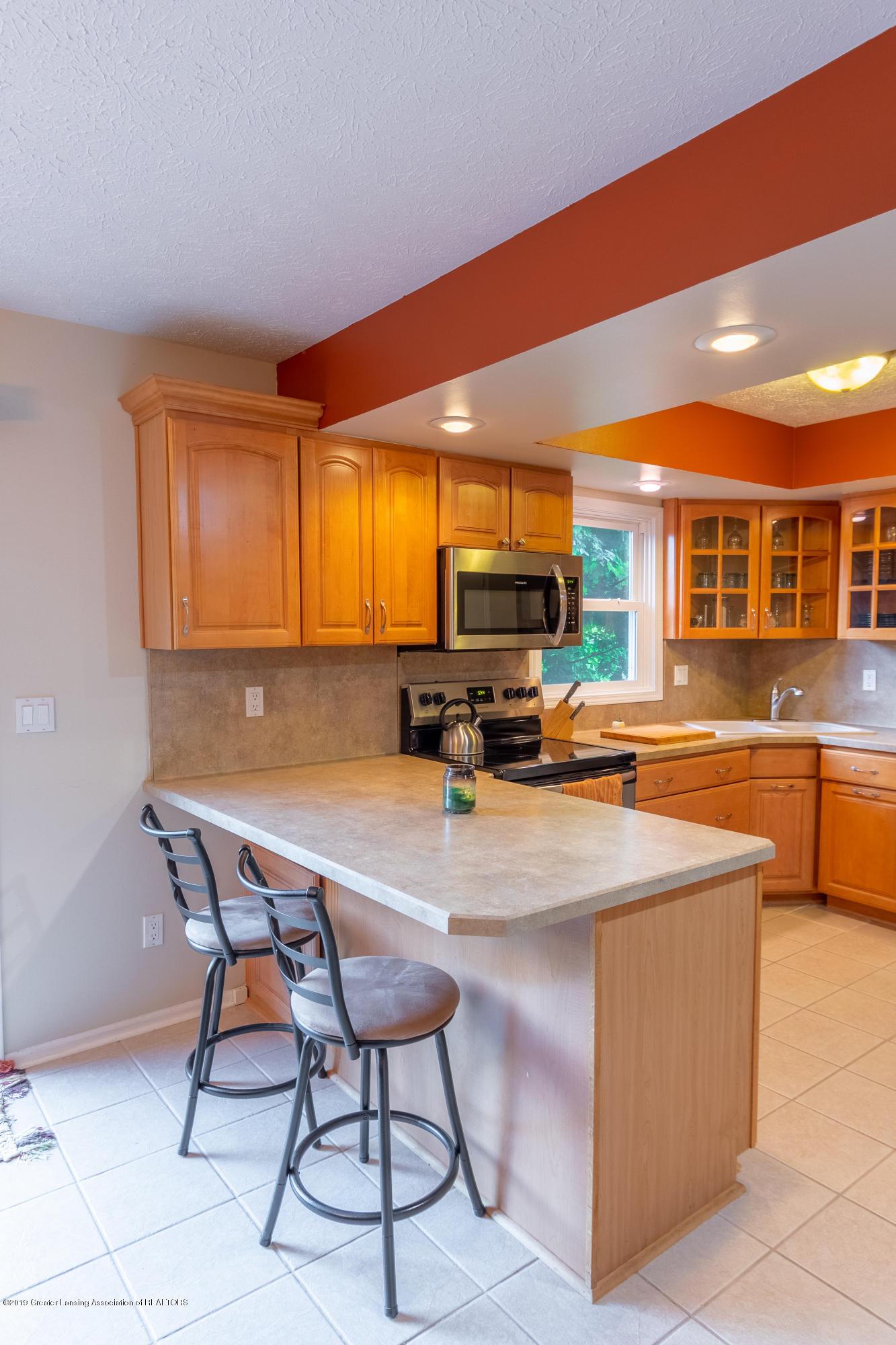 1175 Haslett Rd - Kitchen - 15