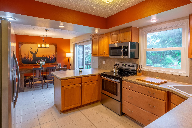 1175 Haslett Rd - Kitchen - 17