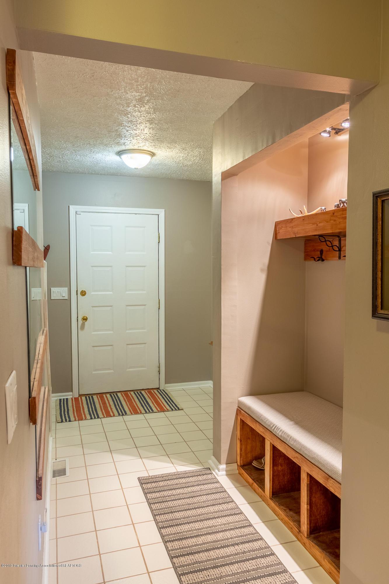 1175 Haslett Rd - Foyer - 7