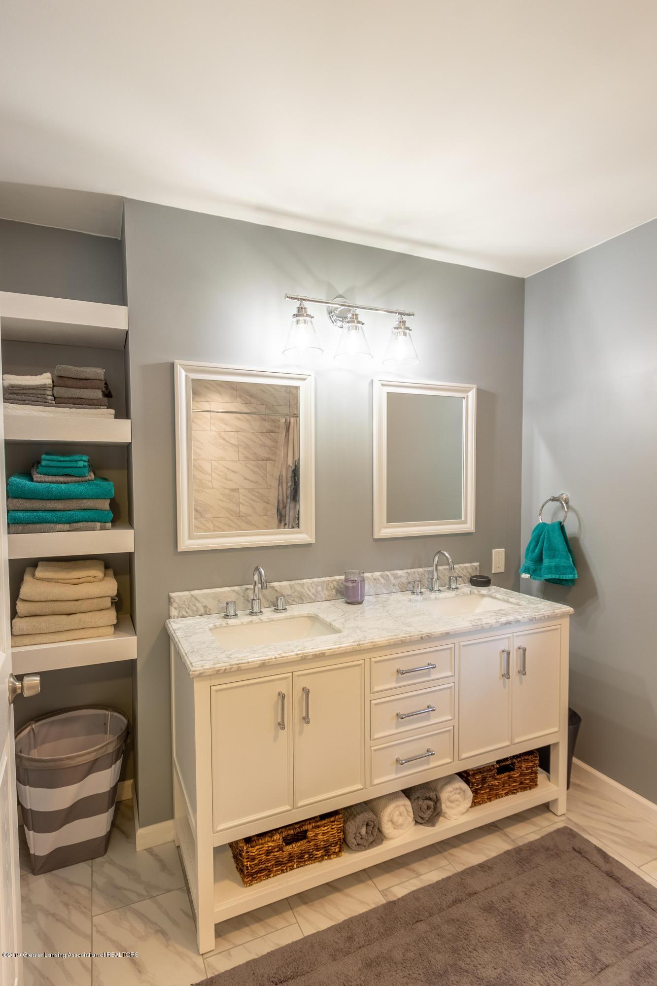 1175 Haslett Rd - Bathroom - 30