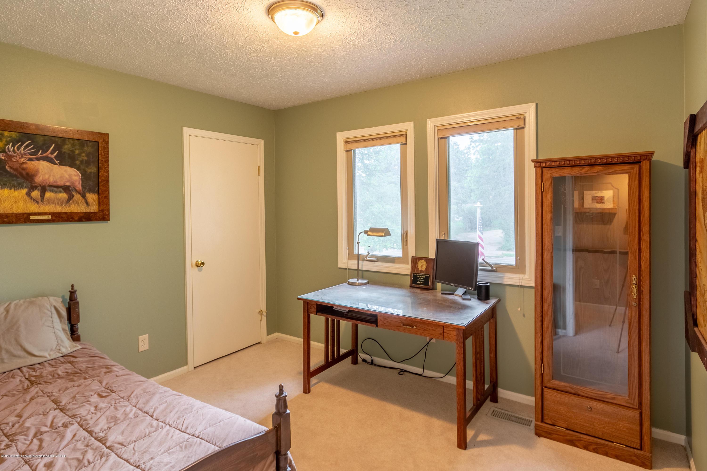 1175 Haslett Rd - Bedroom - 26