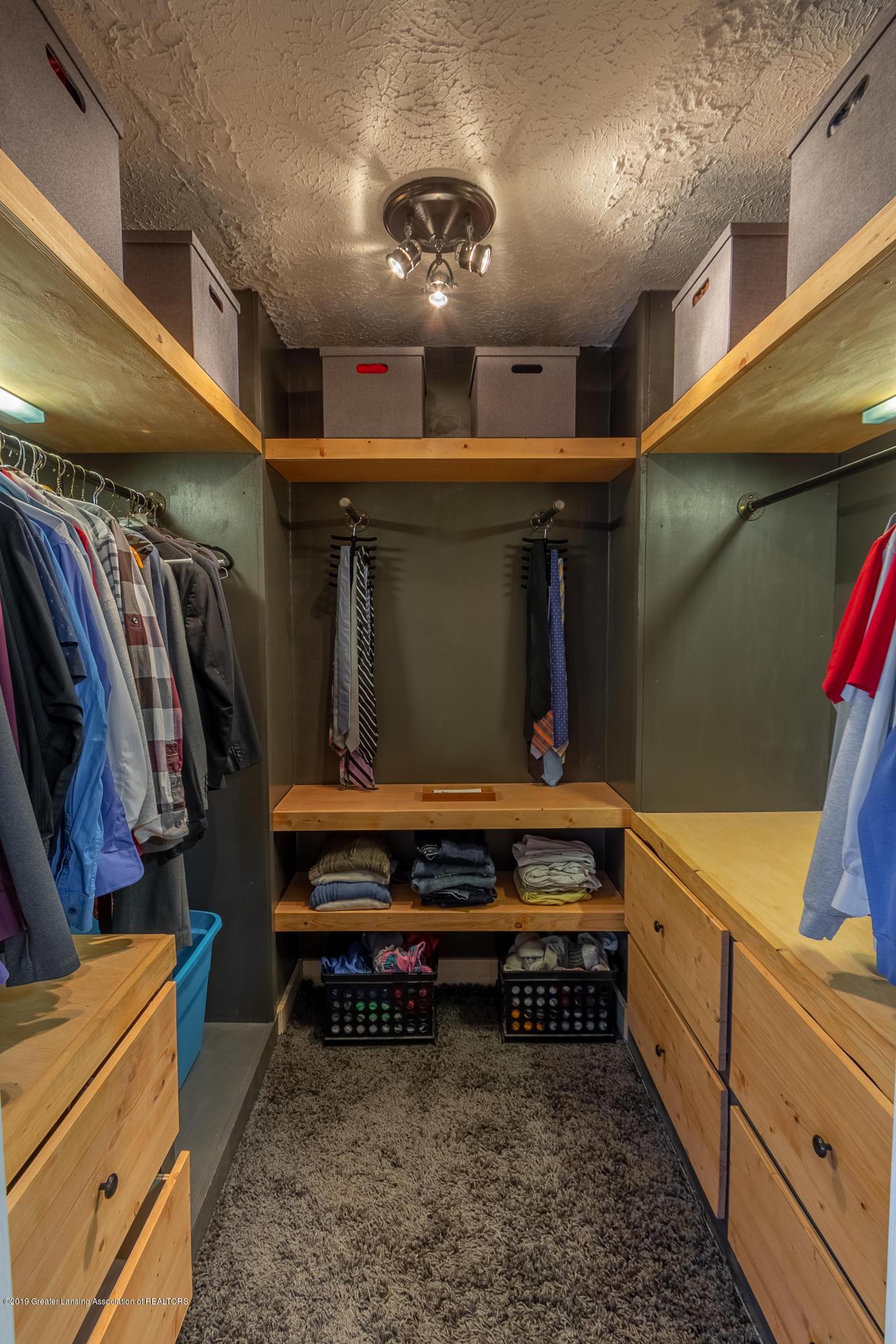 1175 Haslett Rd - Master Closet - 25