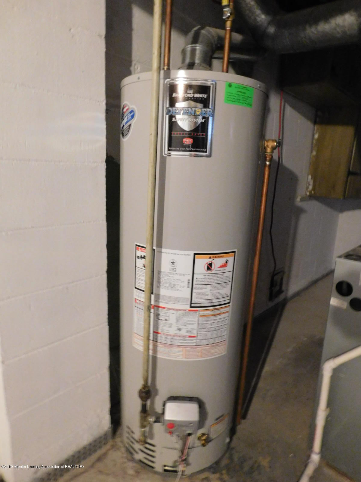 725 Merrill Ave - WATER HEATER - 26