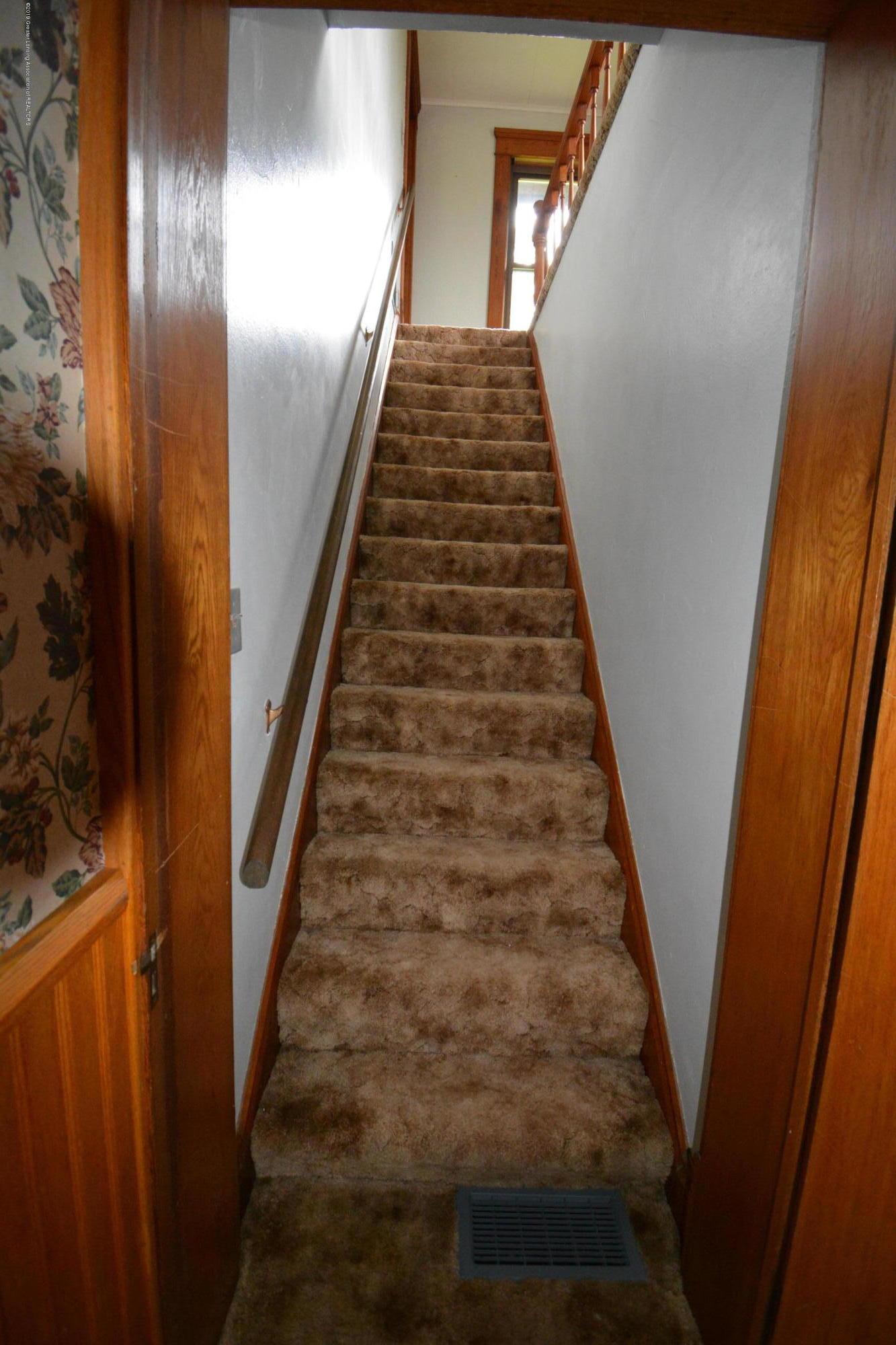 12716 Boyer Rd - Stairway - 17