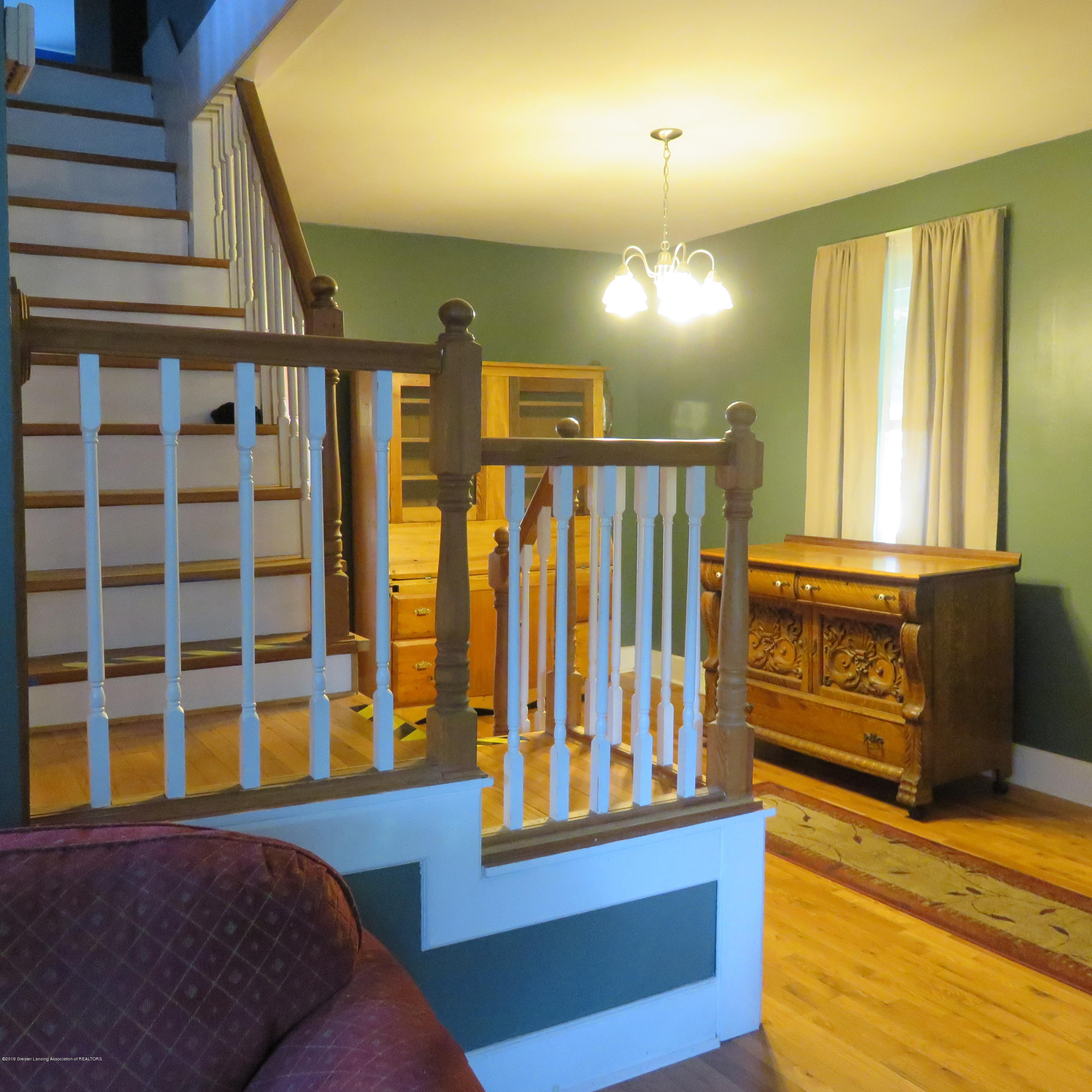 614 S Sheldon St - 4 Entry Hall + Staircase - 4