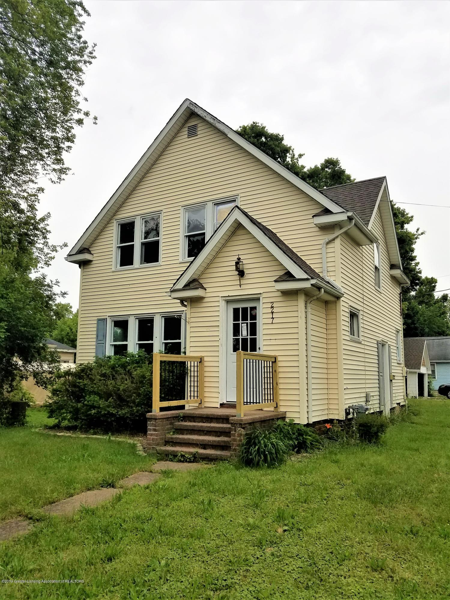 2217 S Rundle Ave - 20190614_132405 - 2