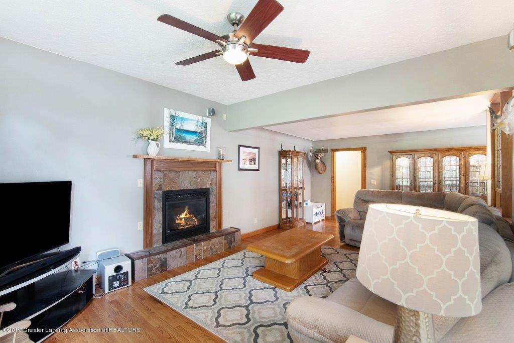 4375 N Williamston Rd - Living - 7