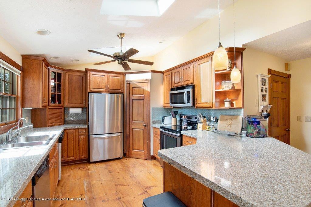 4375 N Williamston Rd - Kitchen - 10