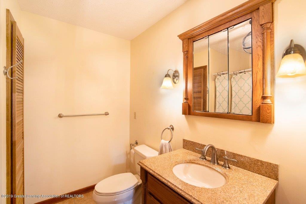 4375 N Williamston Rd - Master Bath - 19