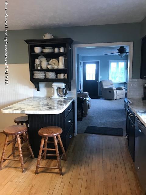 1013 E Broadway Hwy - Kitchen - 5