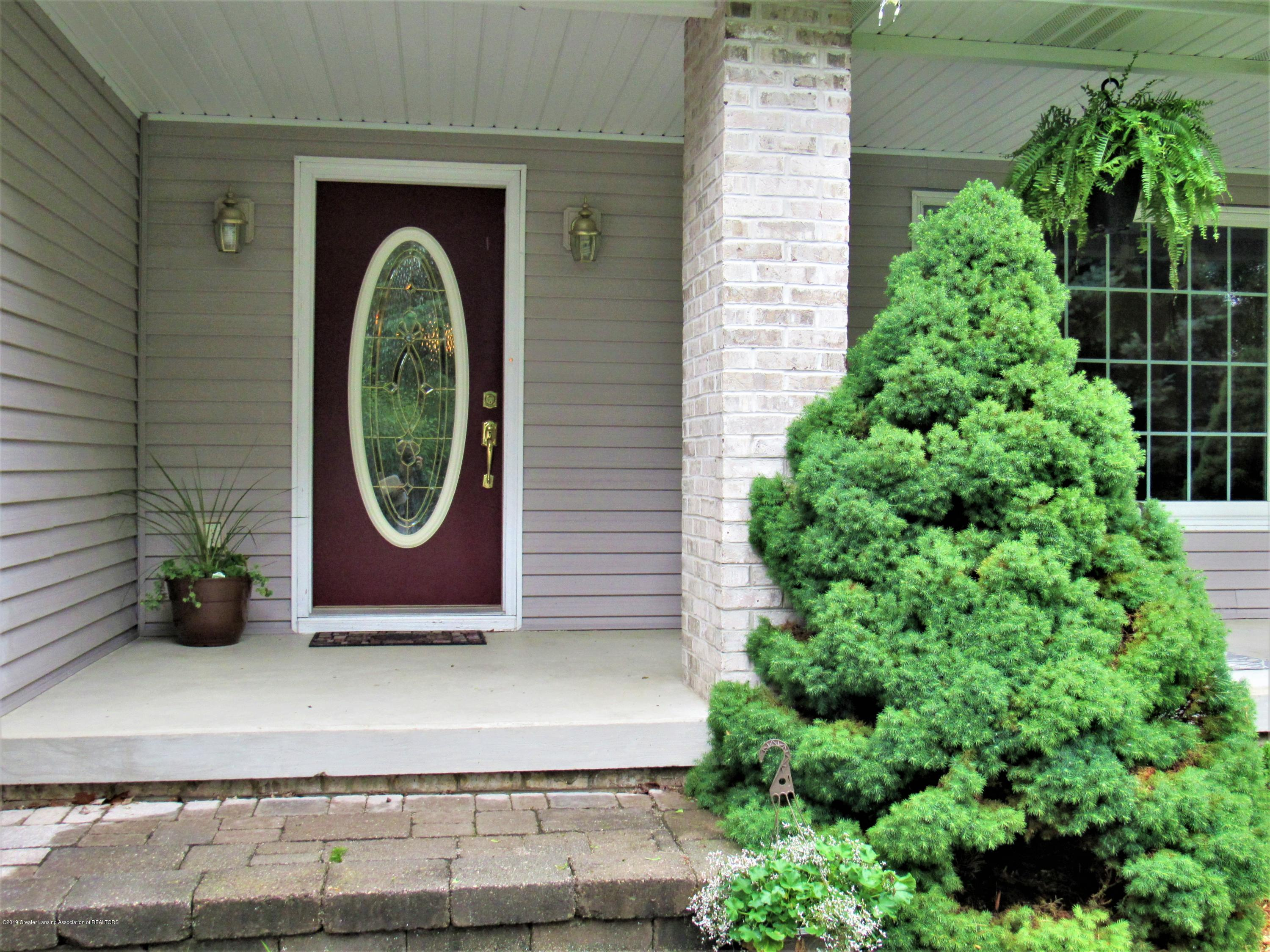 6309 Porter Ave - Front Entry - 4