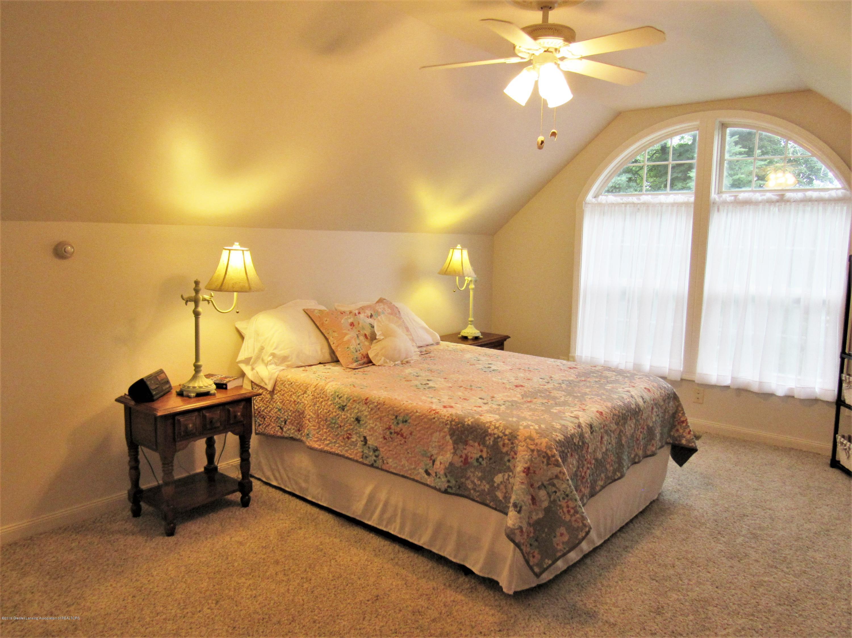 6309 Porter Ave - 2nd Floor Suite - 18