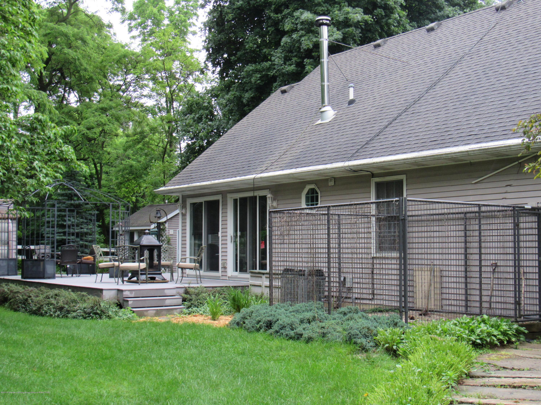 6309 Porter Ave - Side Yard - 30