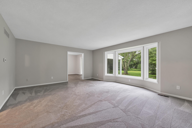 7936 Woodbury Rd - 7936-Woodbury-Laingsburg-MI-windowstill- - 10
