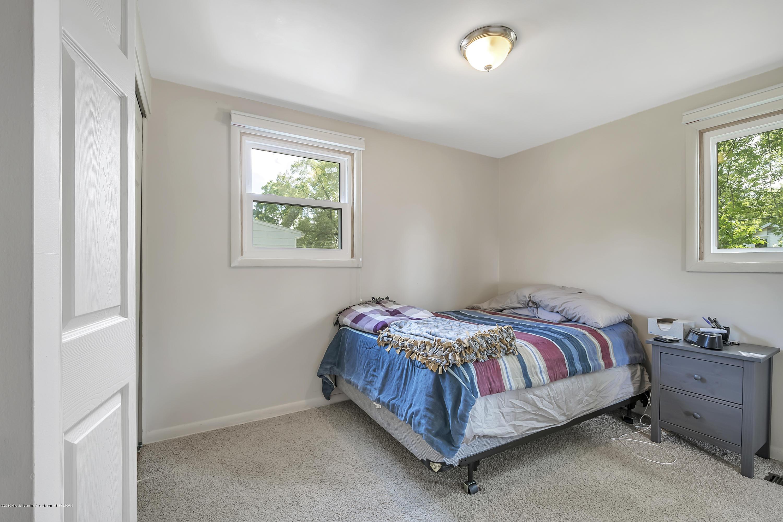 4418 Lowcroft Ave - 4418-Lowcroft-Lansing-MI-windowstill-19 - 16