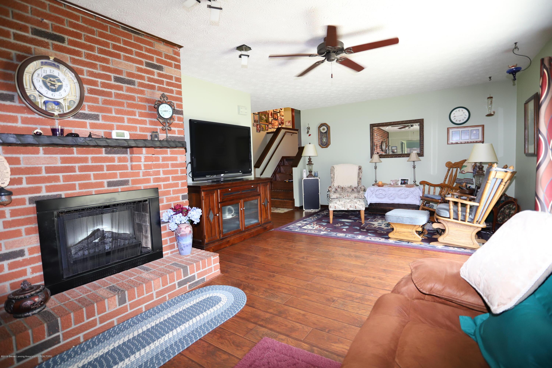 2158 Dennis Rd - Family Room - 17