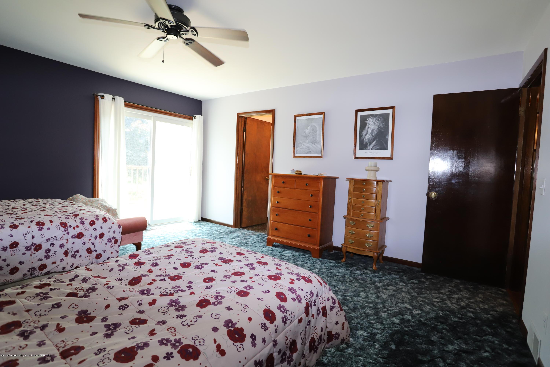 2158 Dennis Rd - Master Bedroom - 23