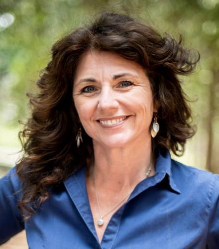 Patti J Warnke agent image