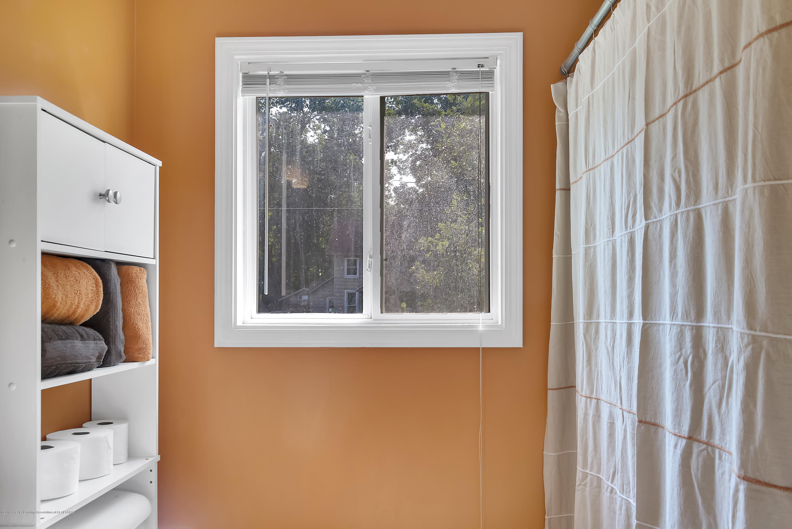 619 Forest St - 619-Forest-St-Charlotte-Mi-48113-windows - 21