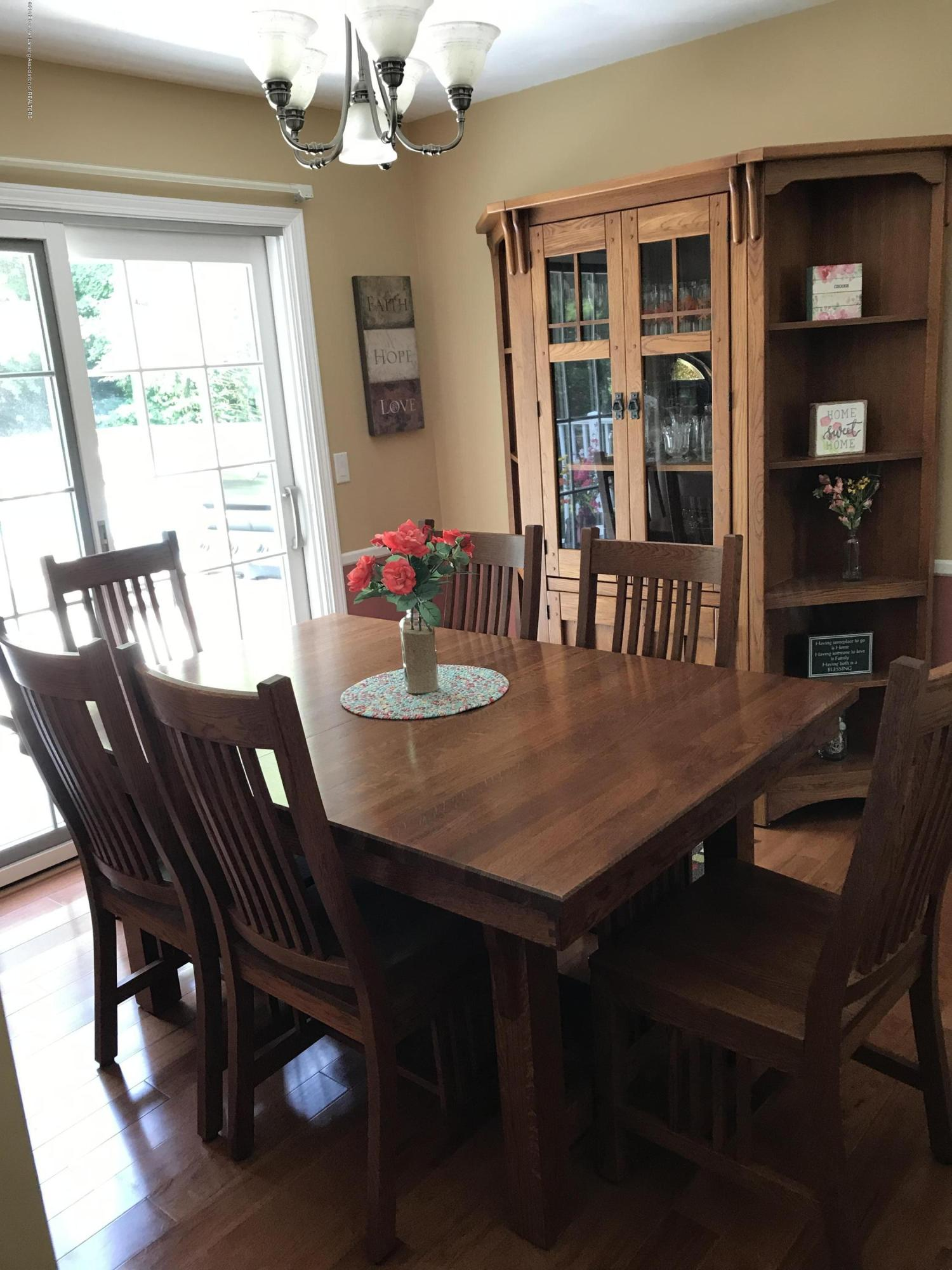 7205 Rock Bridge Rd - dining room - 40