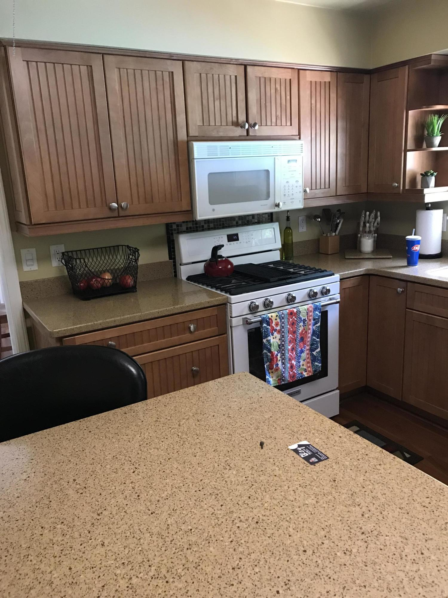 7205 Rock Bridge Rd - kitchen - 42