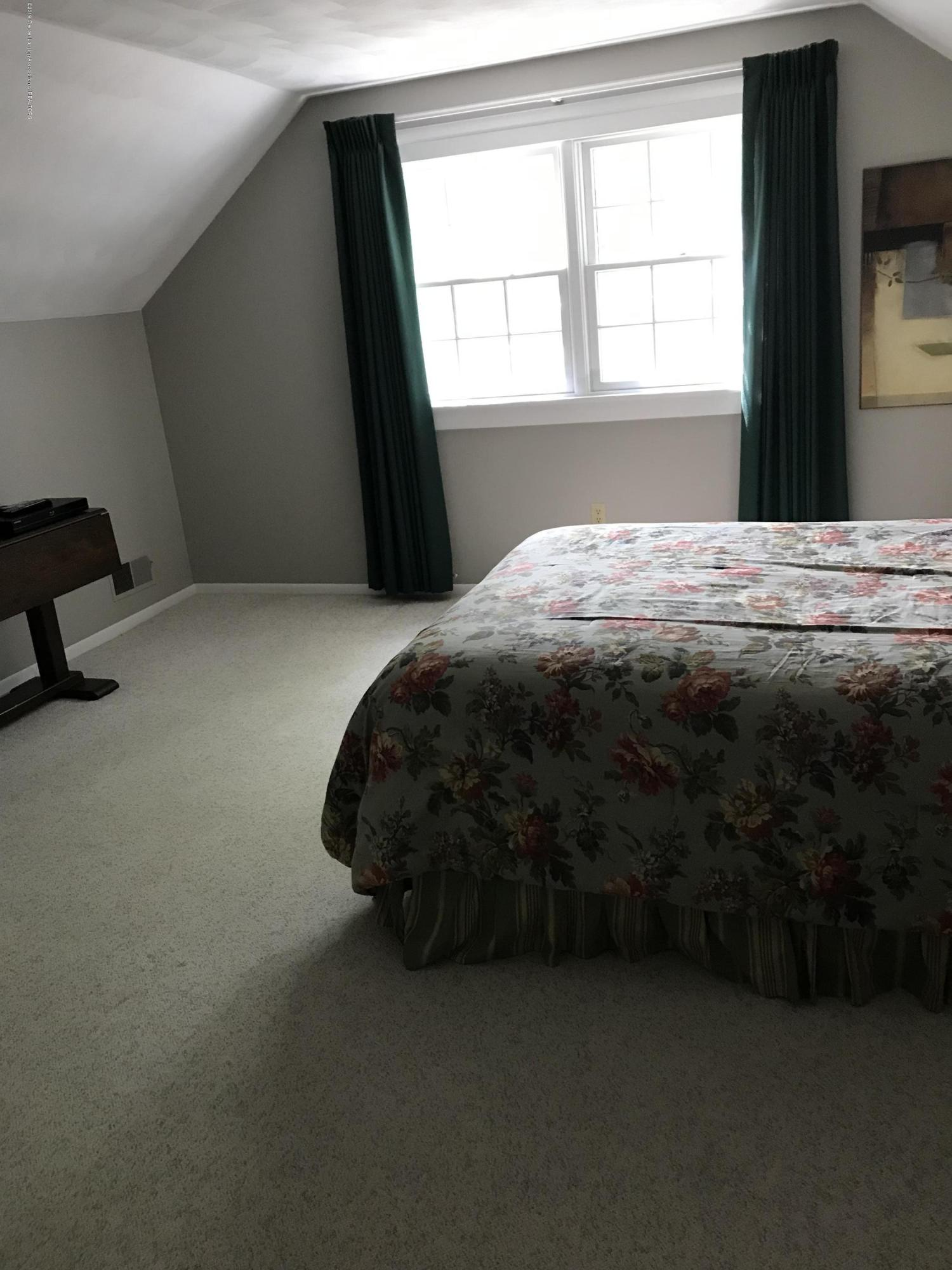 7205 Rock Bridge Rd - Bedroom 3 - 31
