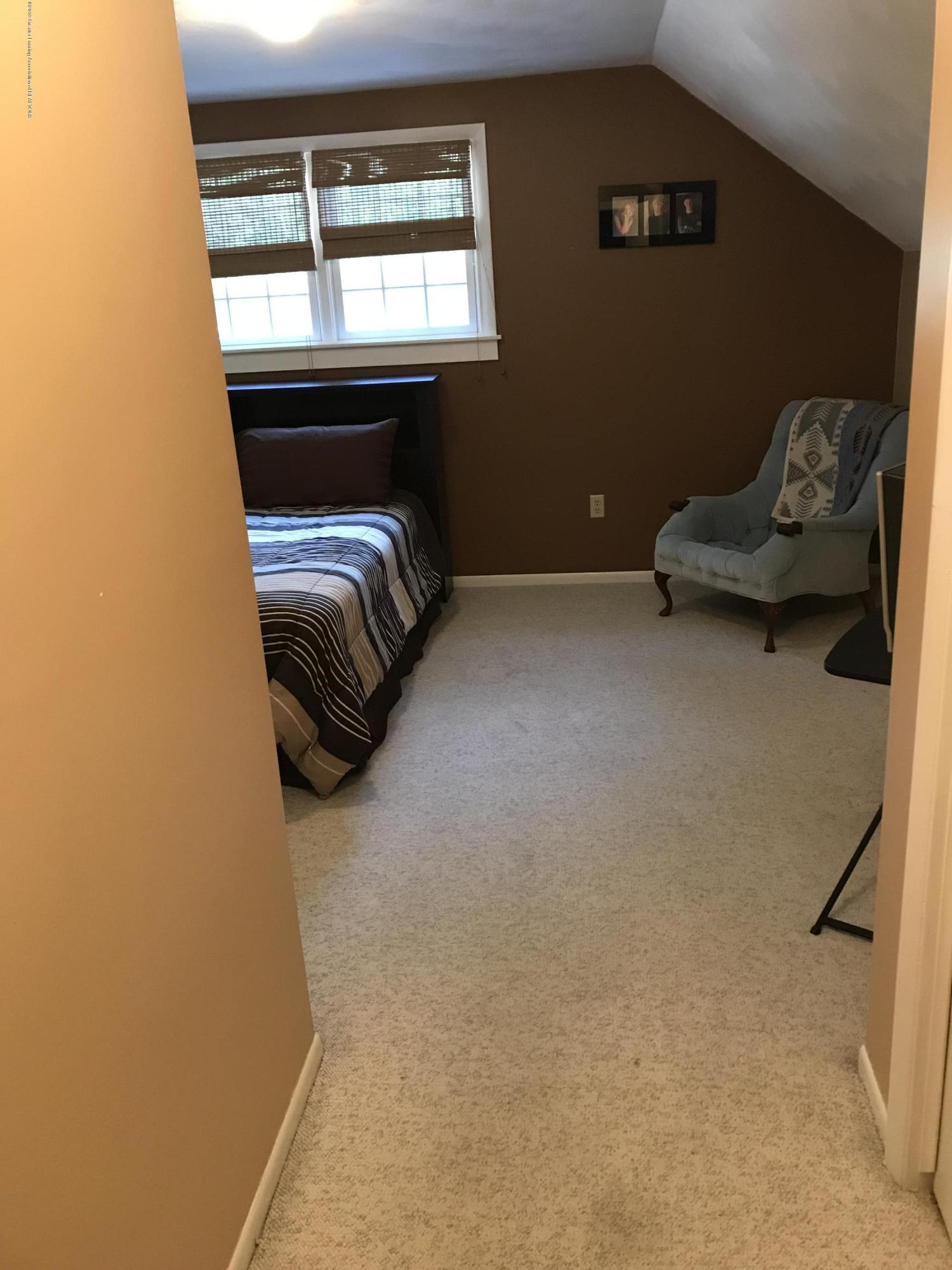 7205 Rock Bridge Rd - Bedroom 4 - 33