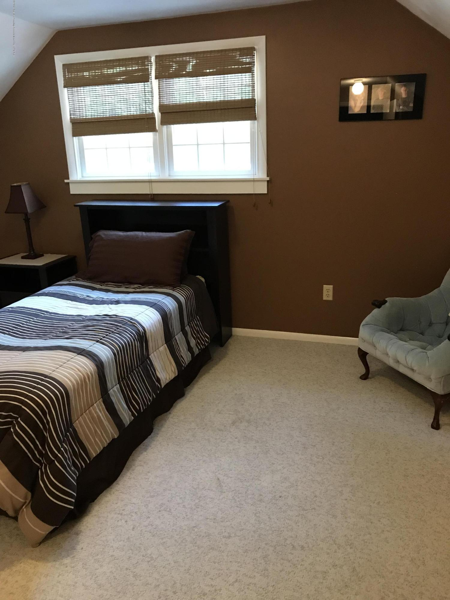 7205 Rock Bridge Rd - bedroom 4 - 28