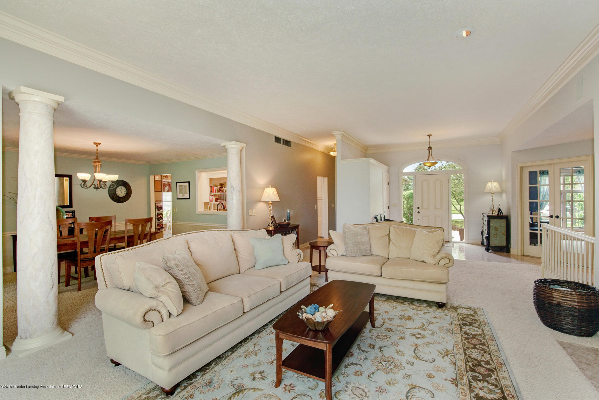 11801 Schavey Rd - Living Room - 9