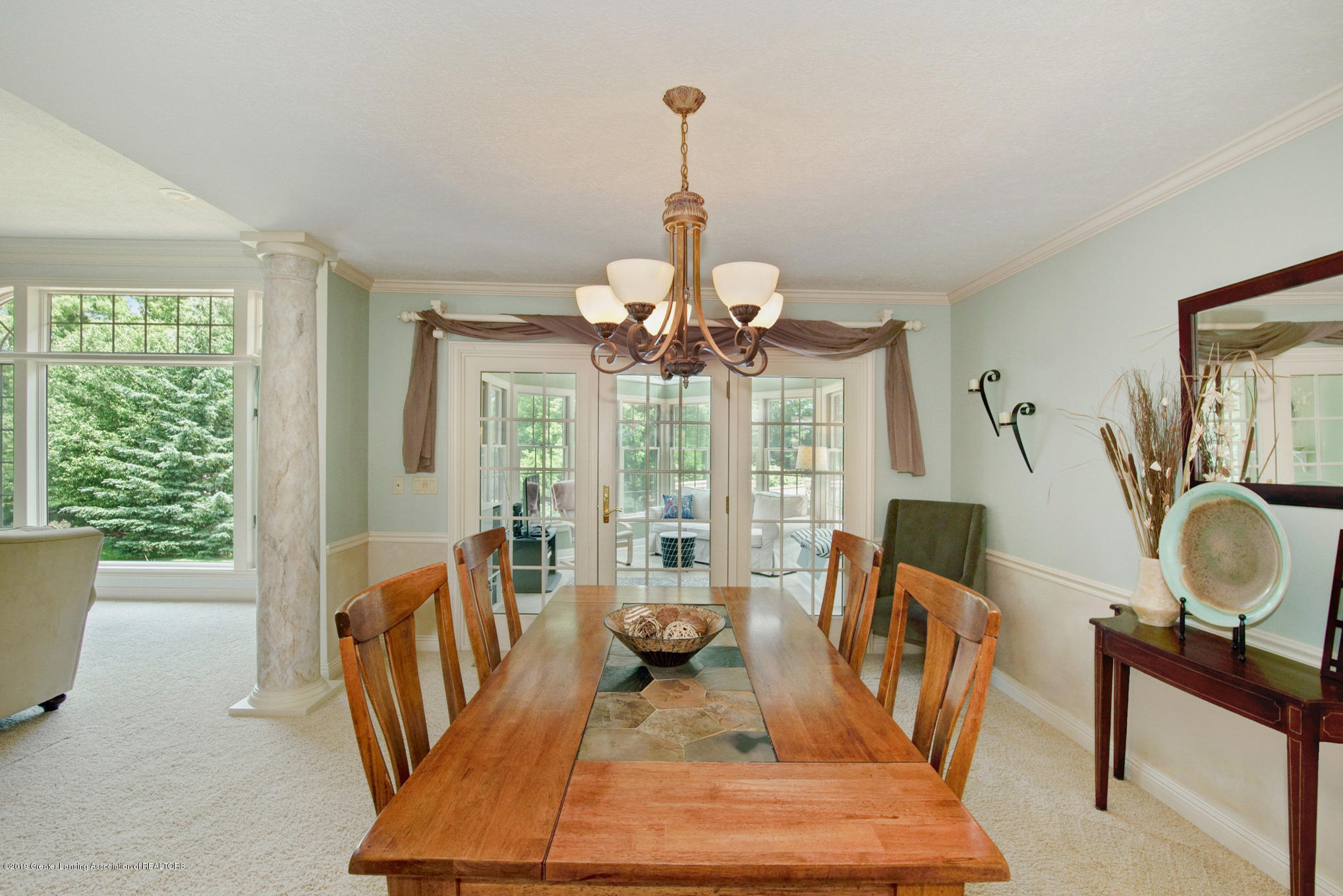 11801 Schavey Rd - Formal Dining - 11