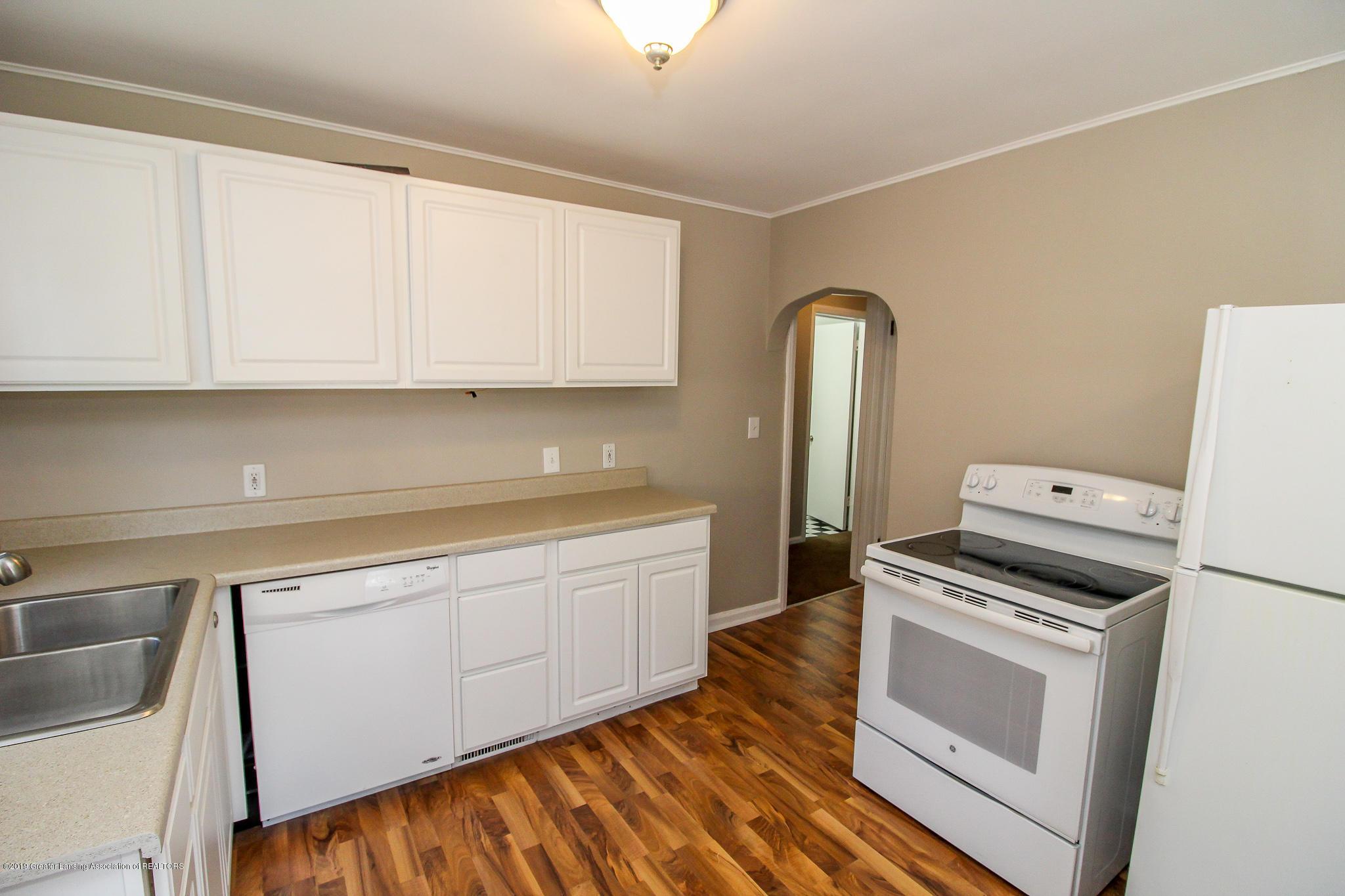 124 Northlawn Ave - 12 Kitchen 5 - 9