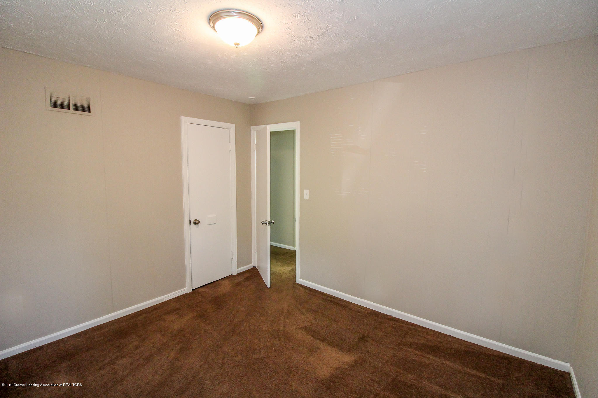 124 Northlawn Ave - 18 Bedroom 1 - 15