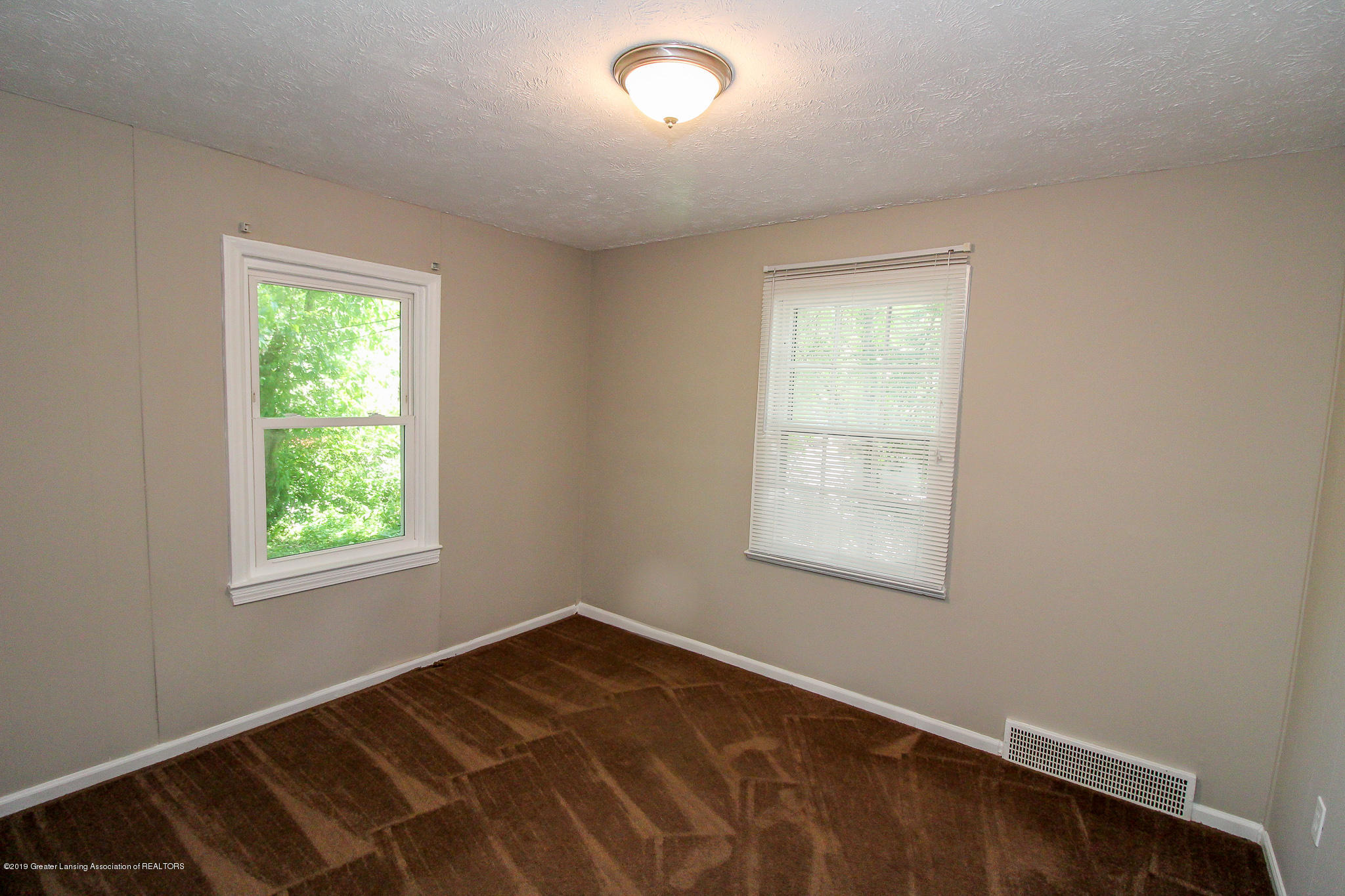 124 Northlawn Ave - 19 Bedroom 1a - 16