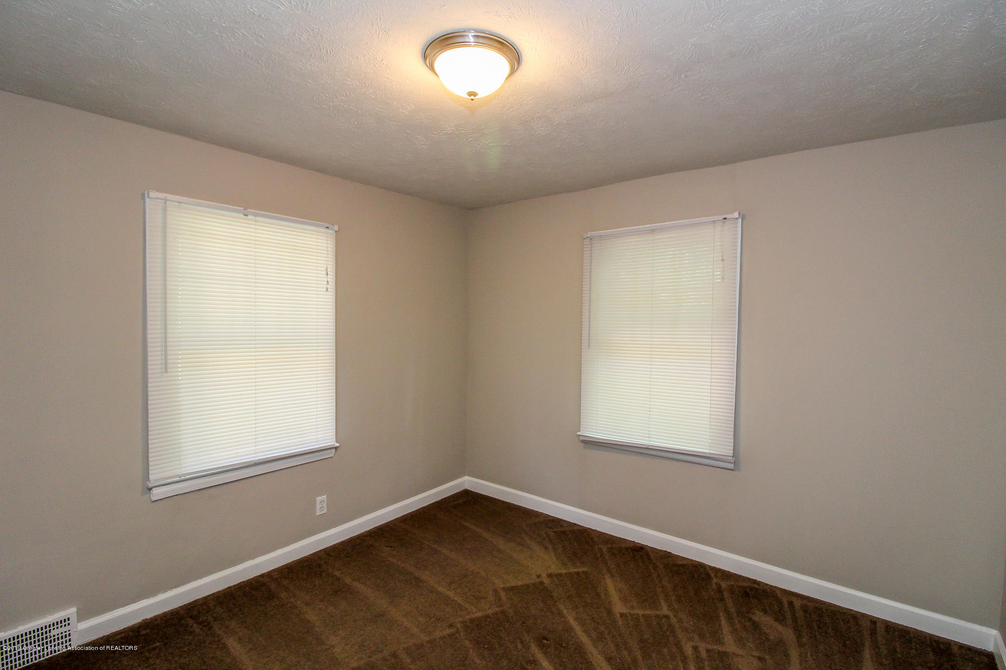 124 Northlawn Ave - 30 Bedroom 4 - 24