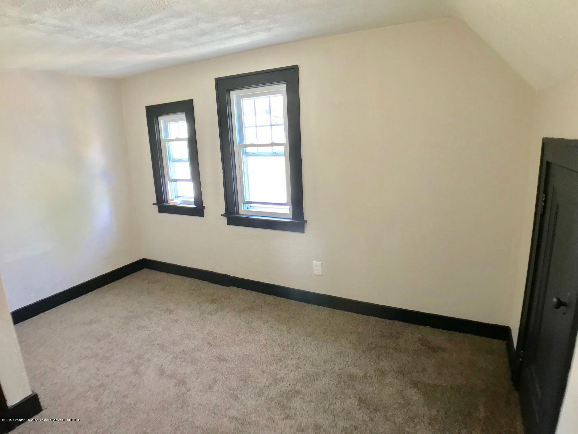 818 Westmoreland Ave - 2nd floor bedroom - 16