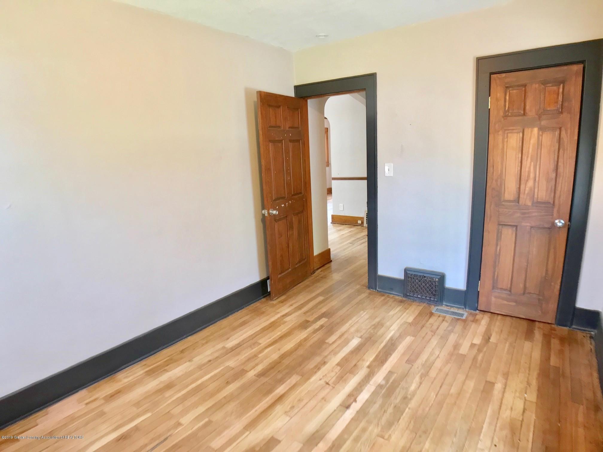 818 Westmoreland Ave - 1st floor bedroom - 12