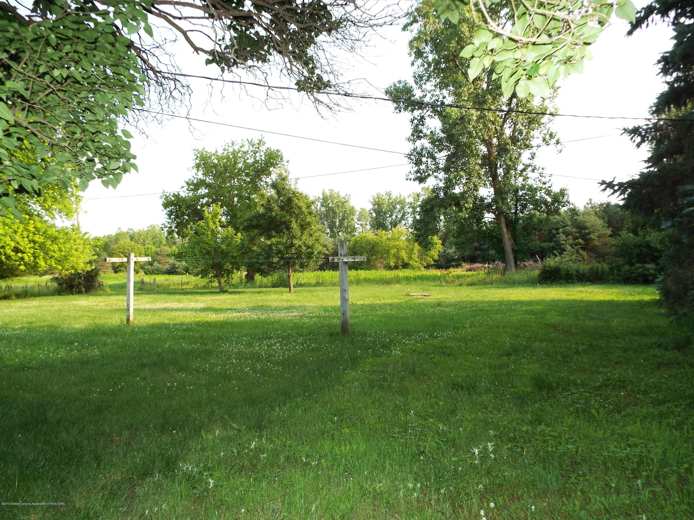 190 E Grand River Ave - Backyard - 12