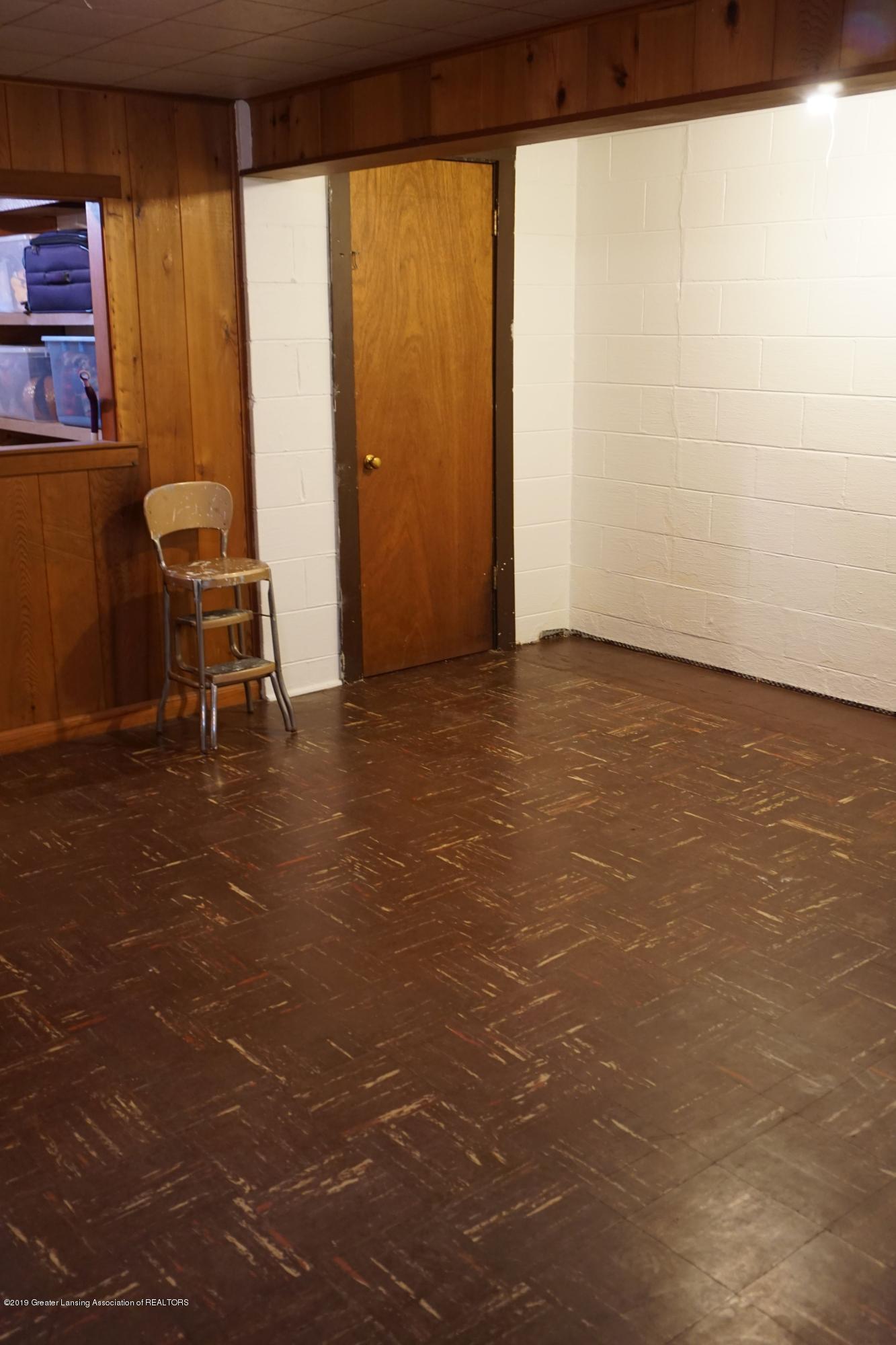 2501 Wellington Rd - Room to grow - 12