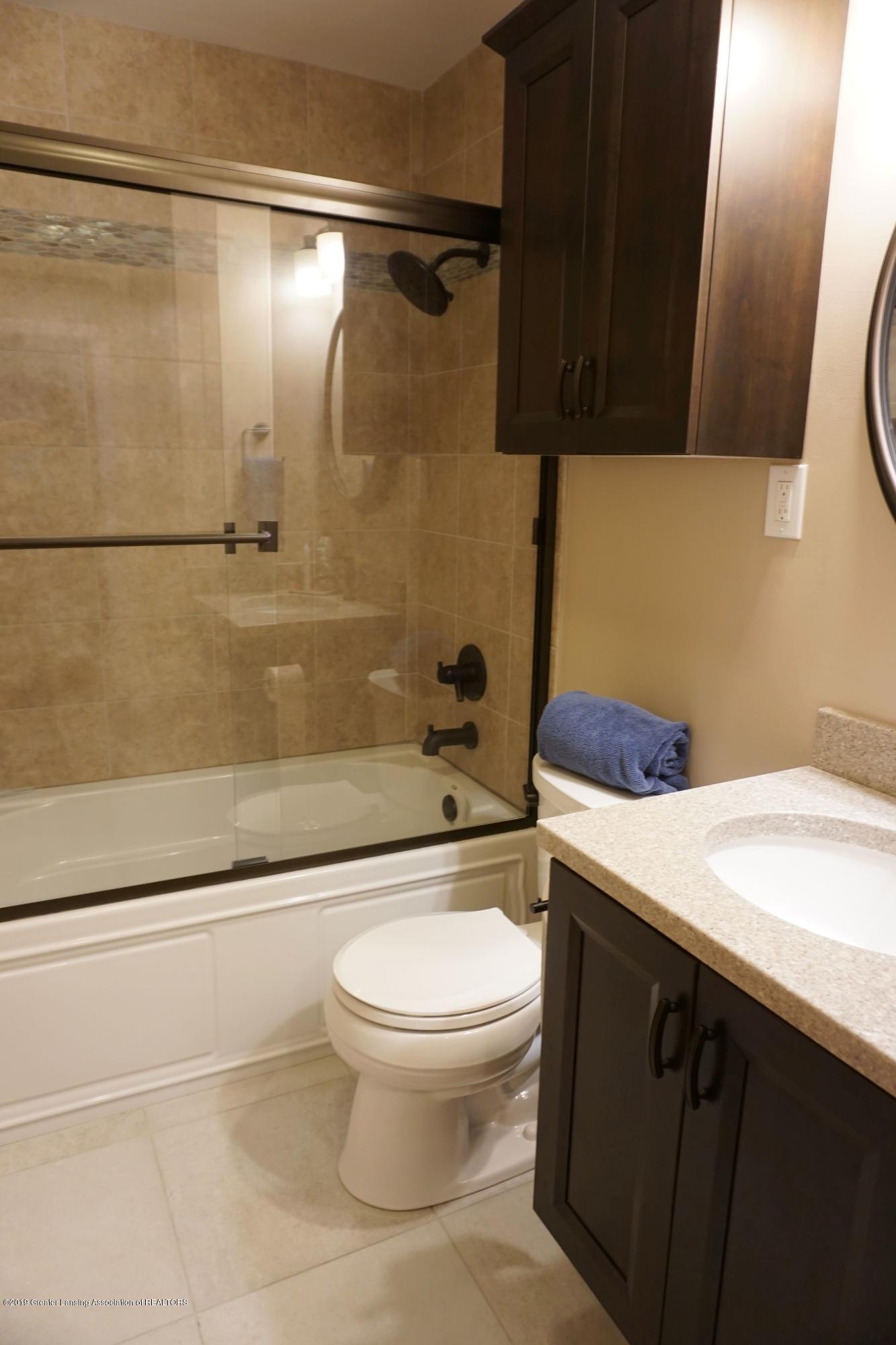 2501 Wellington Rd - All NEW bathroom - 7