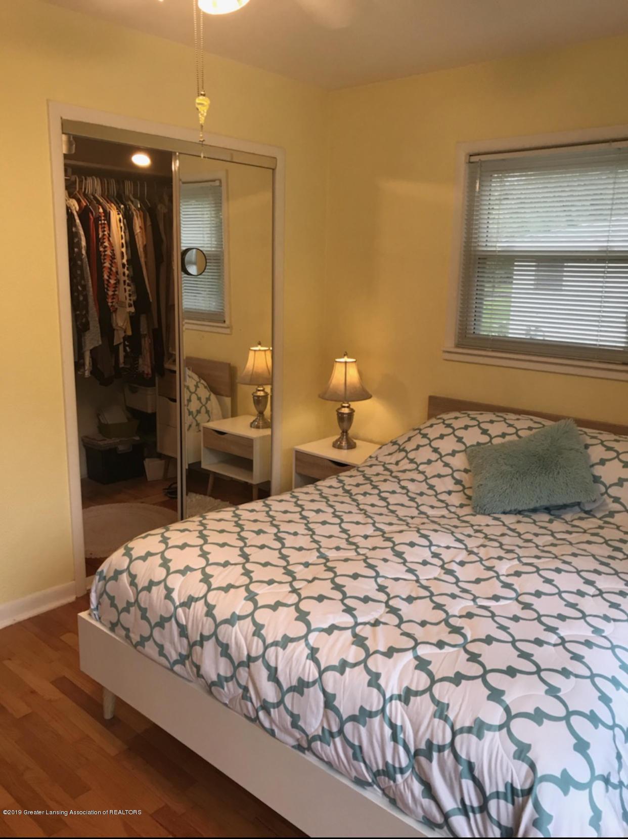 11217 Plains Rd - Master Bedroom - 15